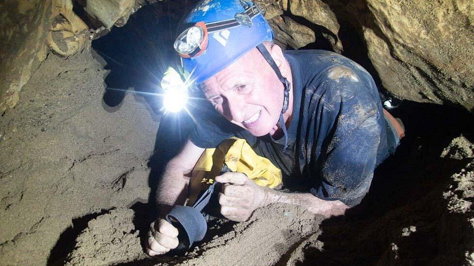 Vernon Unsworth en las cuevas de Tham Luang.