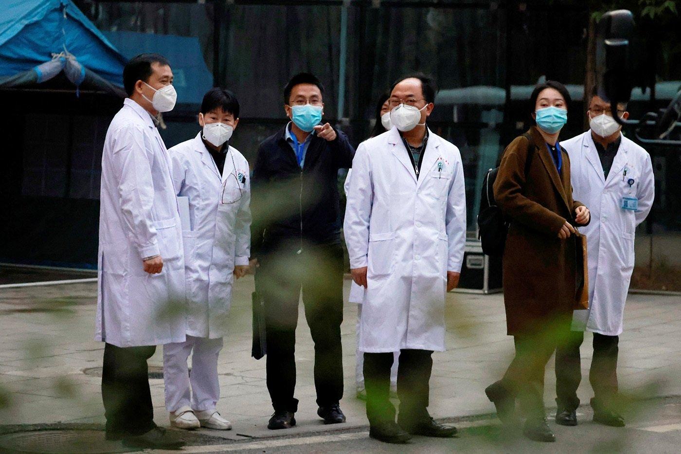 湖北省中西醫結合醫院的中國醫護人員