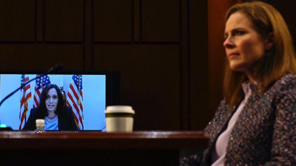 Amy Coney Barrett en la audiencia para su confirmación para la Corte Suprema
