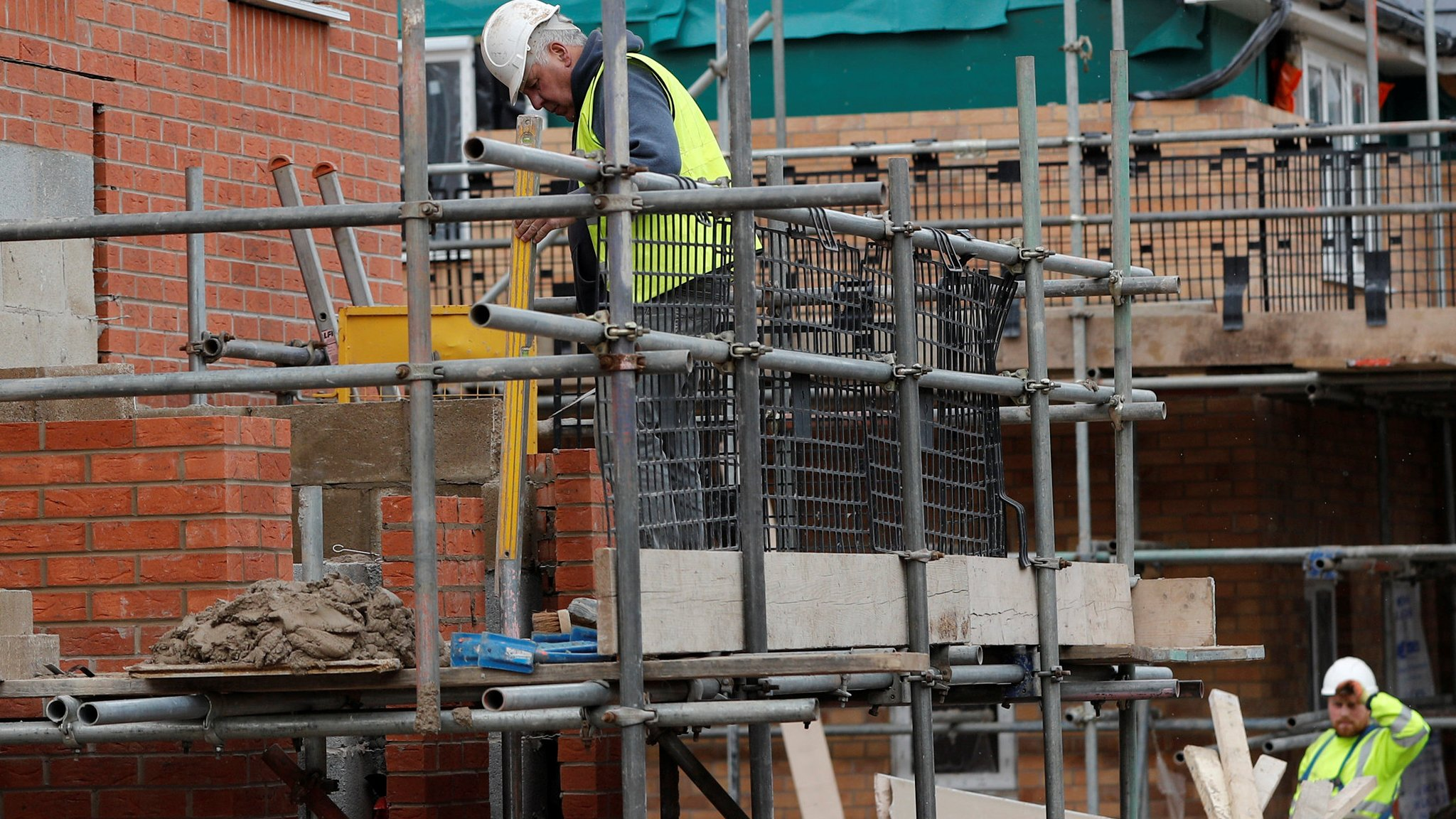 MPs say 'dominance' of big home-building firms must end