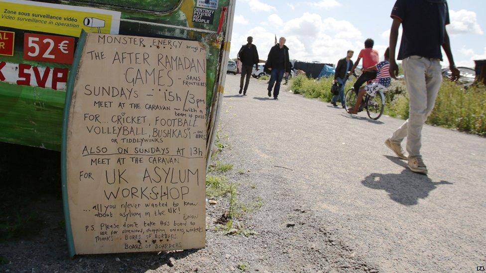 Sign advertising a workshop on seeking asylum in the UK