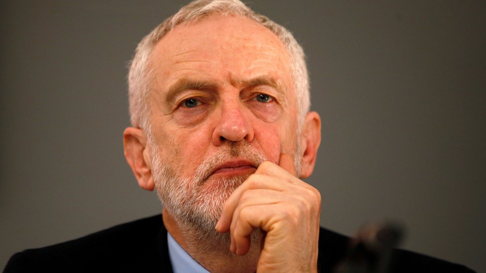 News Daily: Corbyn warned of resignations and Trump threatened over wall plan