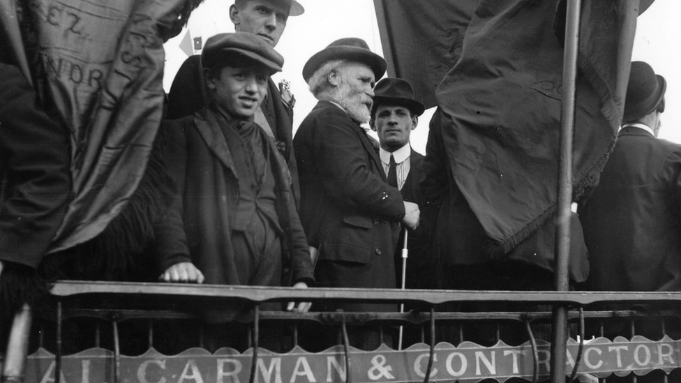 Hardie waiting to address a crowd during the Tailors' Strike in 1912