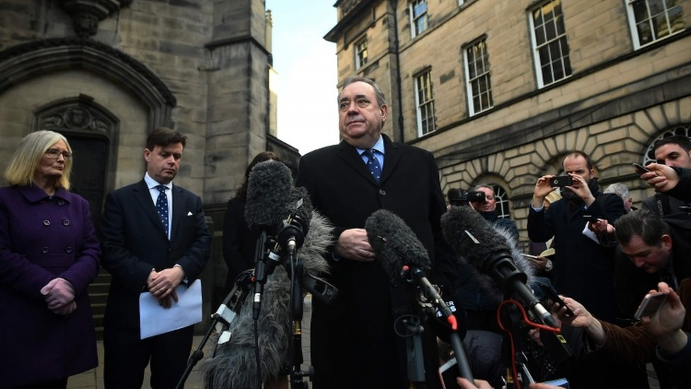 Alex Salmond outside Court of Session