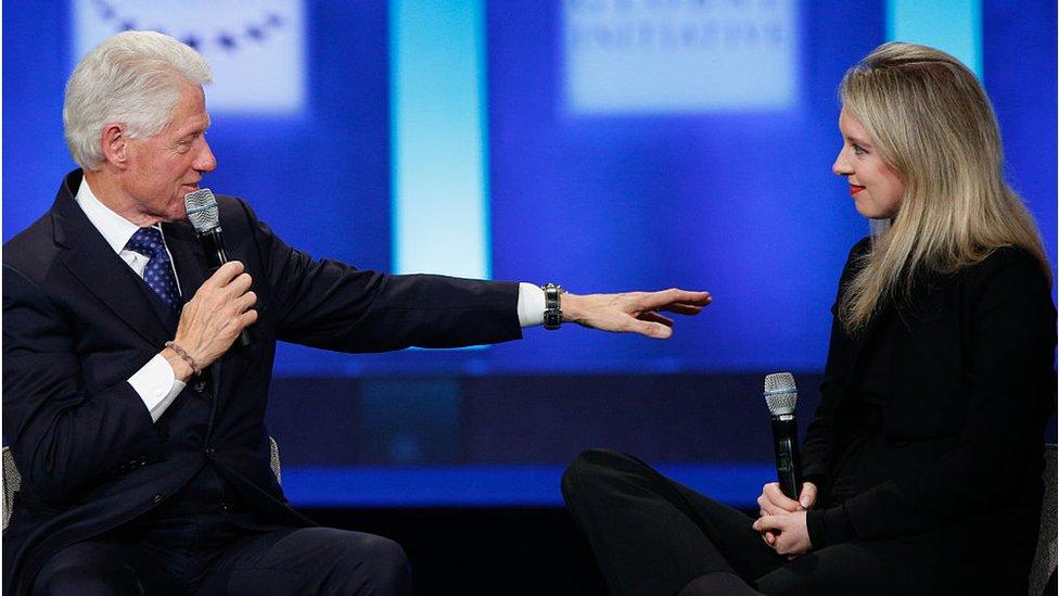 2015'te eski ABD Başkanı Bill Clinton ile aynı sahnede.