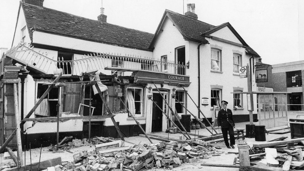 Guildford pub bombs: Birmingham bomb ruling delays inquest