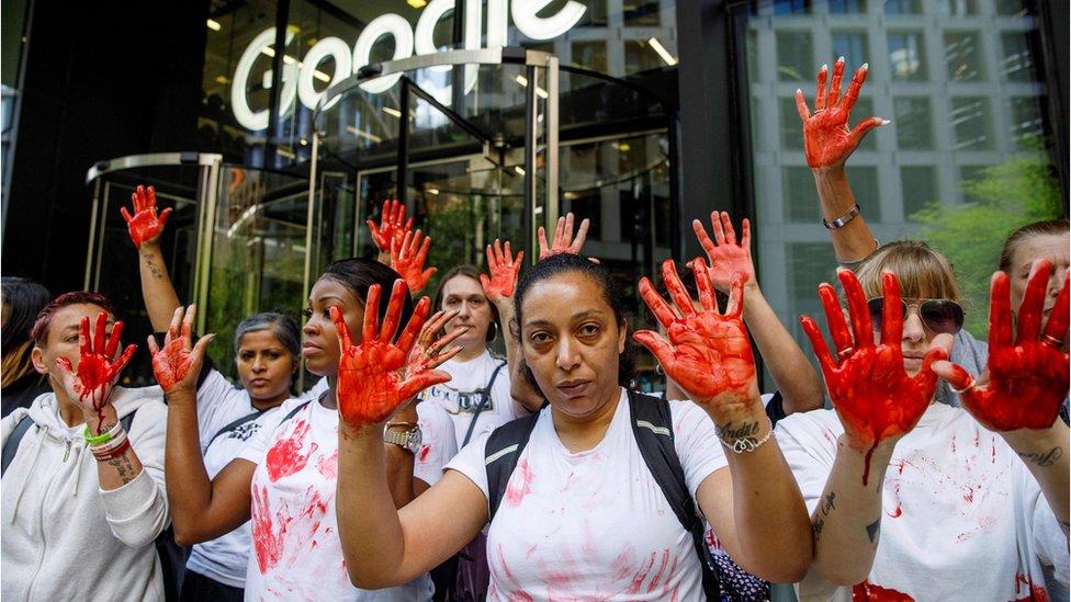 Запад всерьез взялся за Google, Amazon и Facebook. Как США и Европа пытаются обуздать гигантов