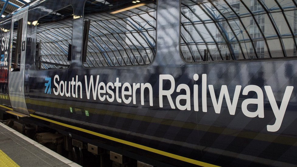 South Western Railway: RMT suspends strikes after talks