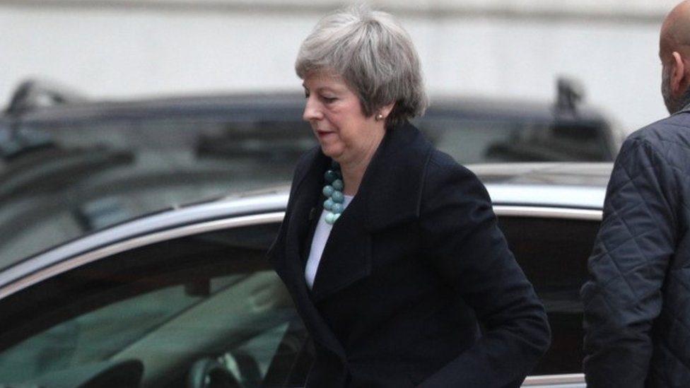 Theresa May a su llegada al parlamento británico.
