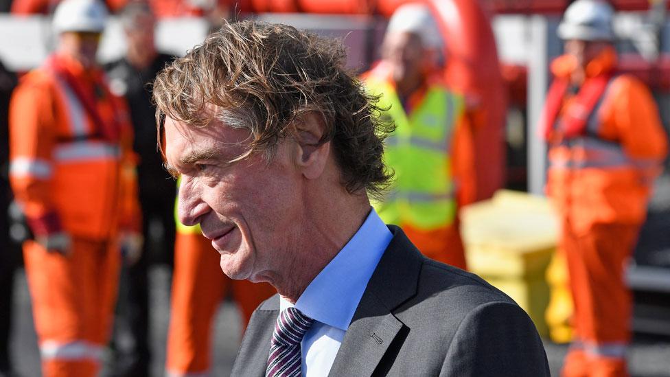 Jim Ratcliffe, el hombre más rico de Reino Unido, es un empresario petroquímico de origen humilde.