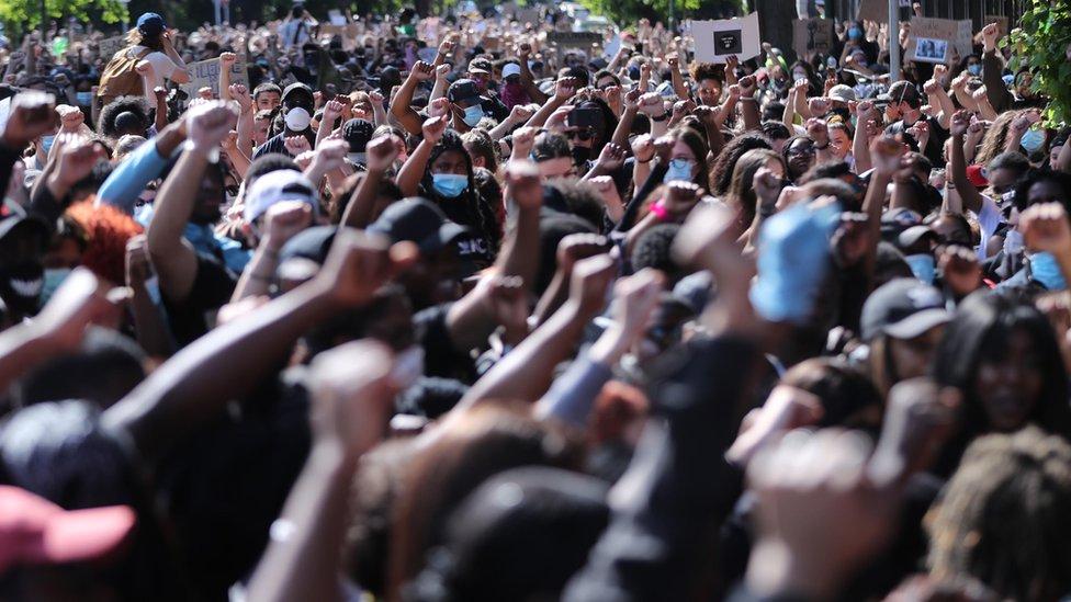 Protesta liderada por el movimiento Black Lives Matter