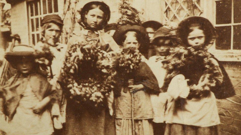Flower girls in Horsham