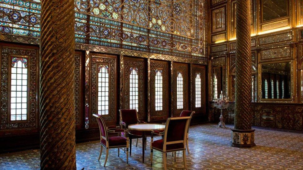 Sala interior del Palacio de Golestán.