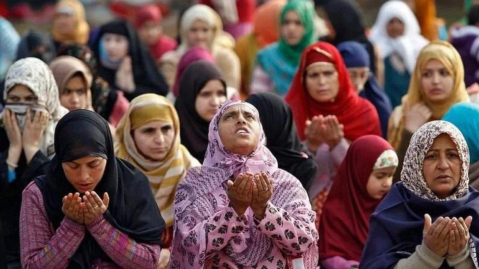 मुस्लिम महिला, नमाज़