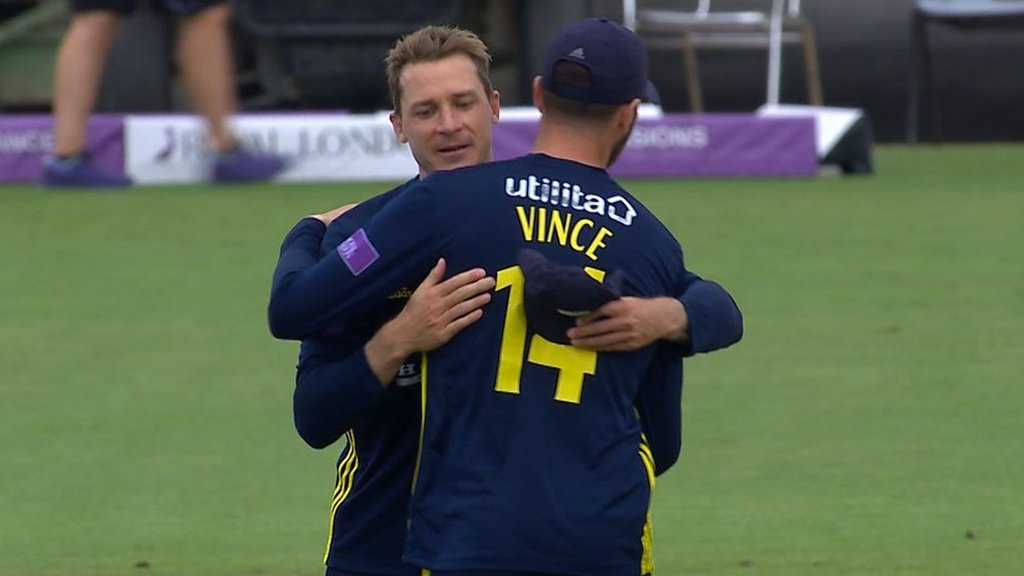 Chris Wood dismisses Ben Coad to book Hampshire's place in the final