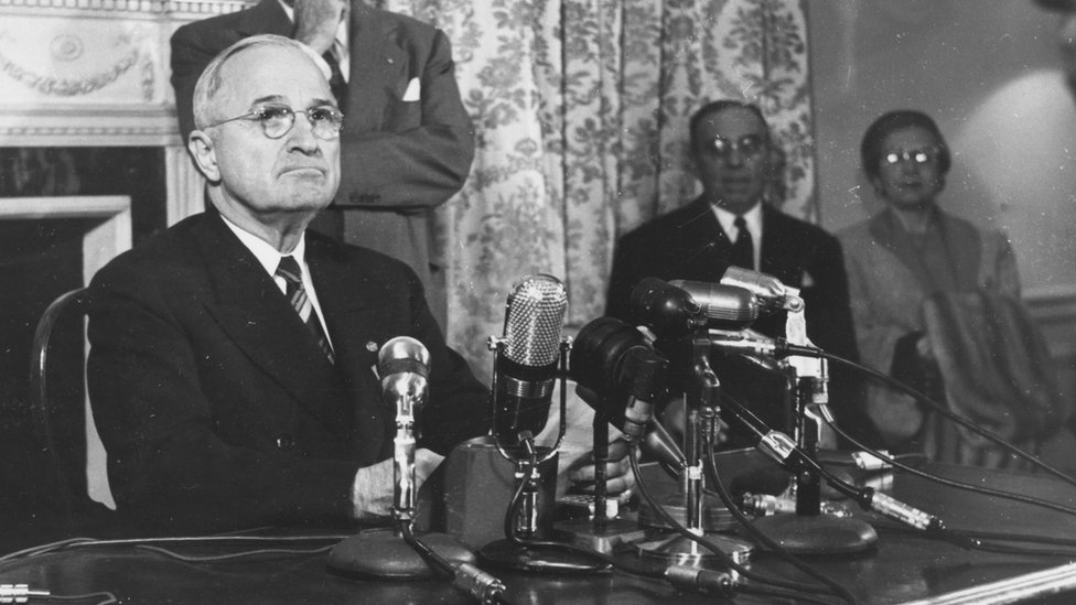 Former American President Harry S Truman (1884 - 1972) at a press conference after refusing to appear before the Un-American Activities Committee to answer questions
