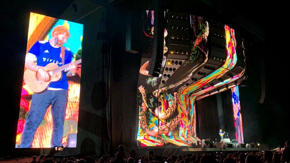 U2 - New Songs, Playlists & Latest News - BBC Music