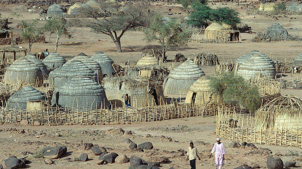 القرى النائية في النيجر لديها القليل من الأمن ضد المهاجمين