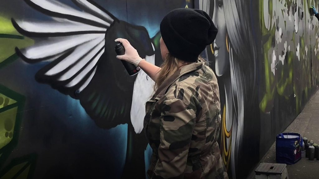 Construction site gets makeover in Belfast City Centre