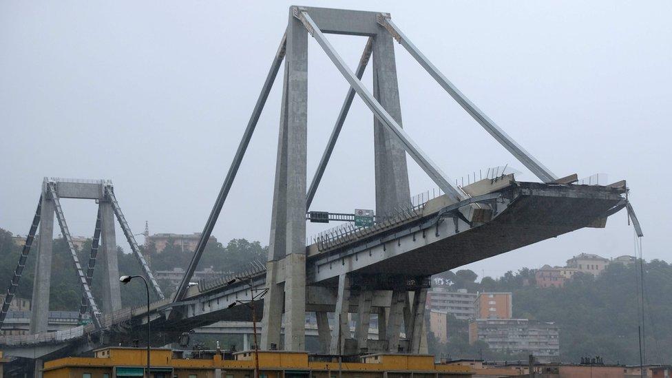 Puente colapsado en Italia