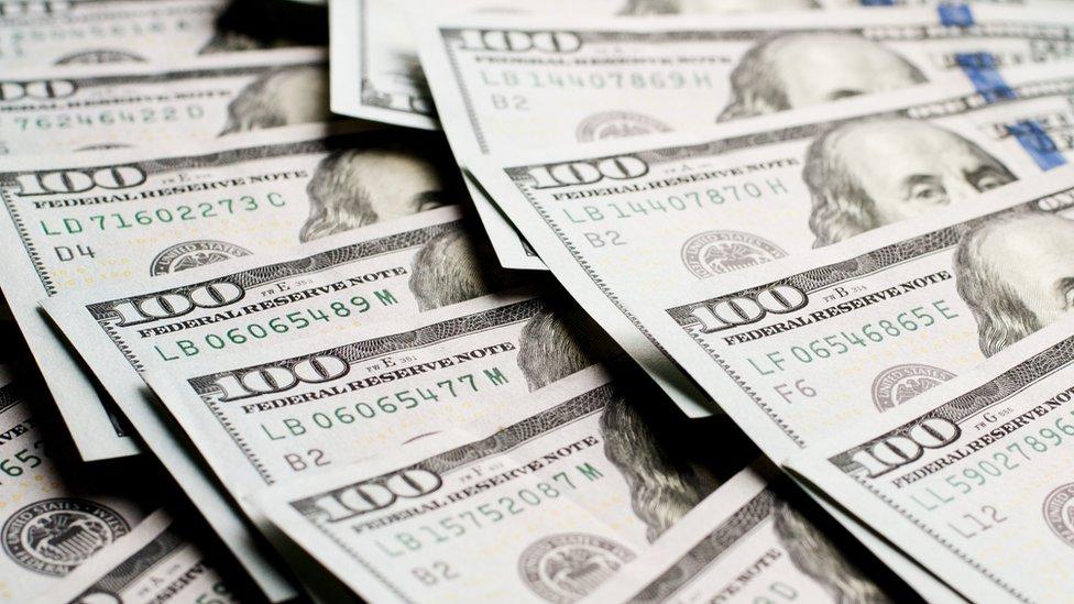 Son pocos los que se jubilarán millonarios, pero el número de personas va en aumento.