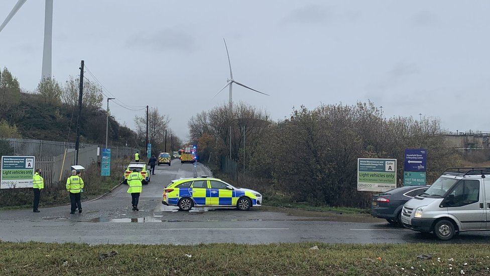 4 die after explosion at United Kingdom waste water plant
