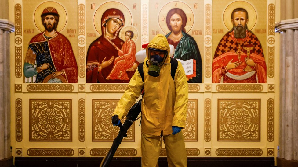 Дайджест: Европу накрывает новая волна коронавируса, талибы едут на переговоры в Москву