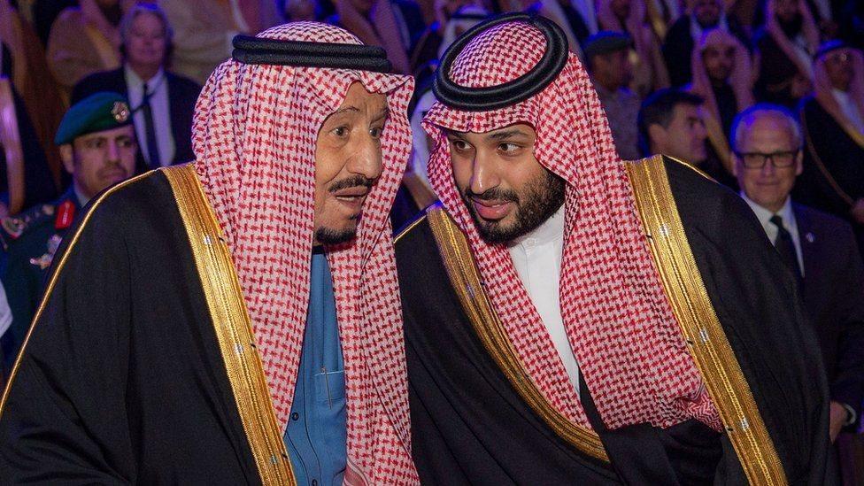 الملك سلمان وابنه محمد ولي العهد