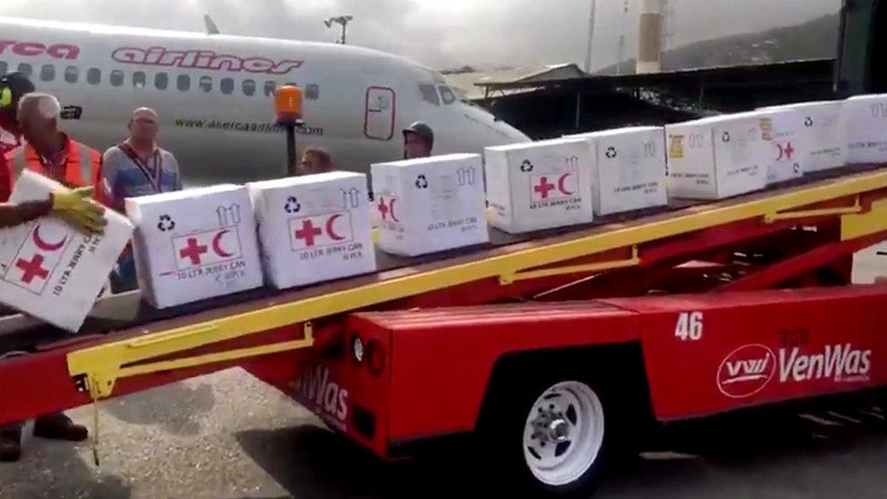 Ayuda de la Cruz Roja.