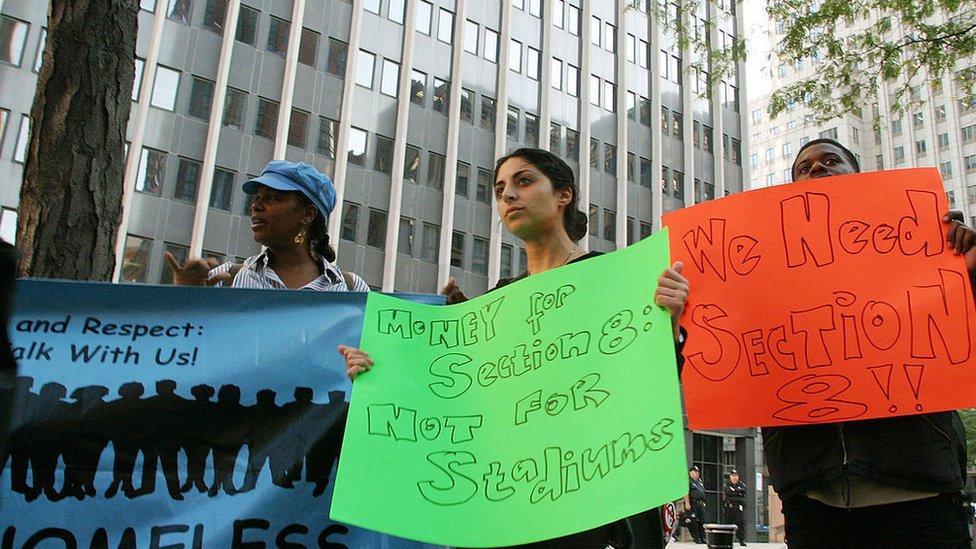 Manifestación a favor del subsidio a la vivienda en Estados Unidos.