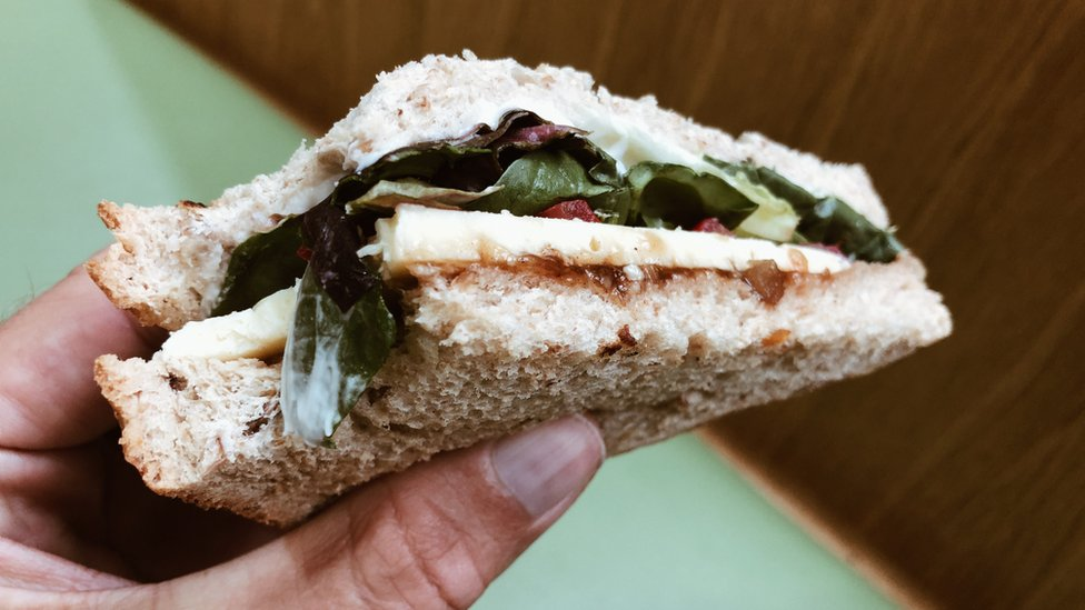 Generic sandwich