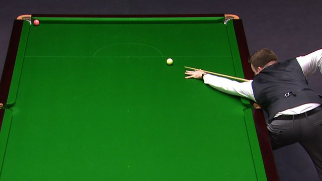 Shaun Murphy in action at the UK Snooker Championship