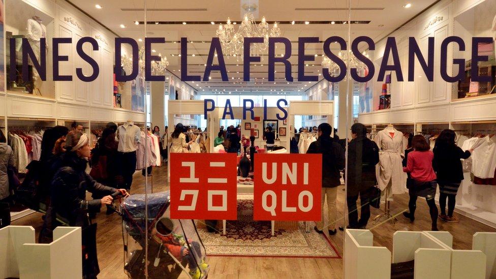 واجهة أحد متاجر يونيكلو في باريس