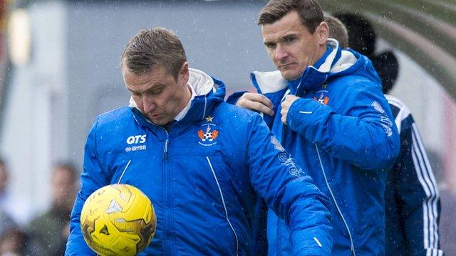 Kilmarnock manager Lee Clark shows off his ball skills