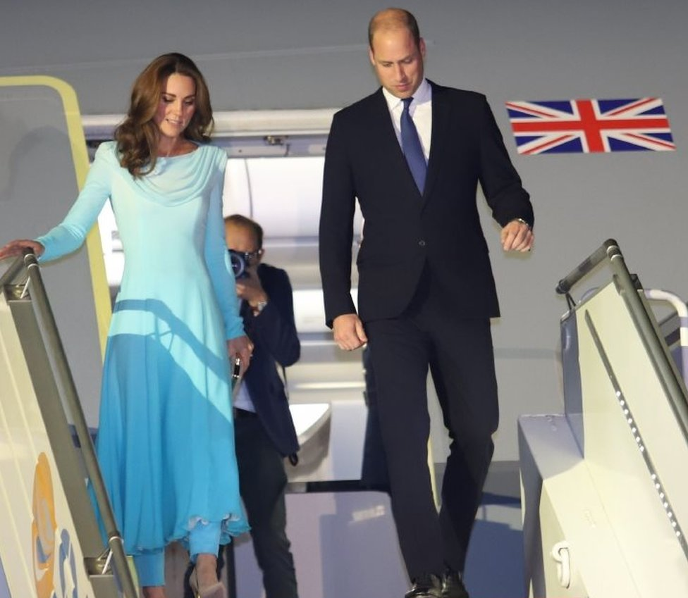 """October 14, 2019, Britain""""s Prince William, Duke of Cambridgea (R) and his wife Britain""""s Catherine, Duchess of Cambridge arrive at the Pakistan""""s Nur Khan military airbase in Rawalpindi."""