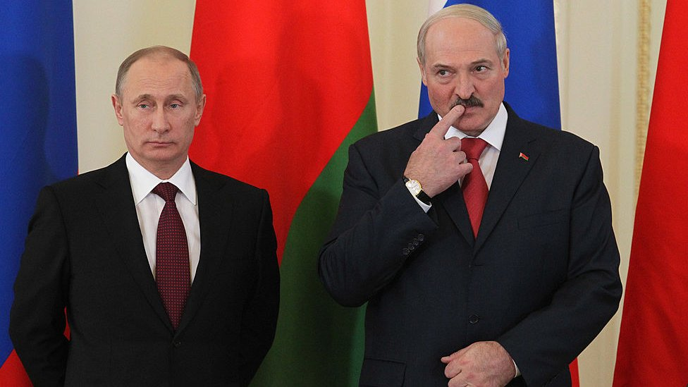 El presidente ruso, Vladimir Putin, junto a Alexander Lukashenko.