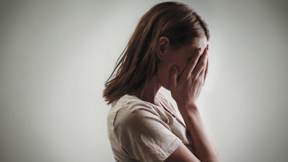 Osvetnička pornografija može da ima strašne posledice po žrtve