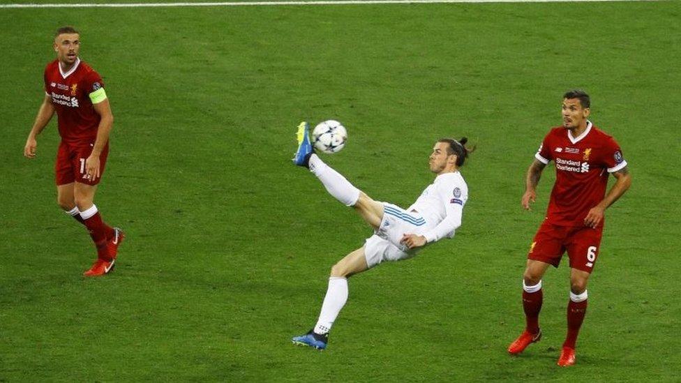 Cristiano Ronaldo desaparece de la nueva camiseta merengue — Real Madrid