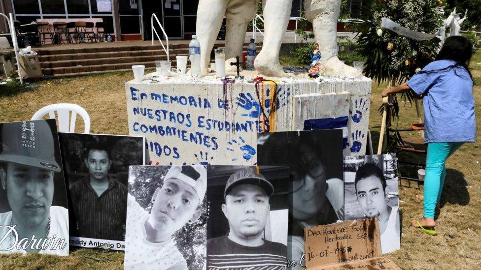 Homenaje a los estudiantes muertos en Nicaragua