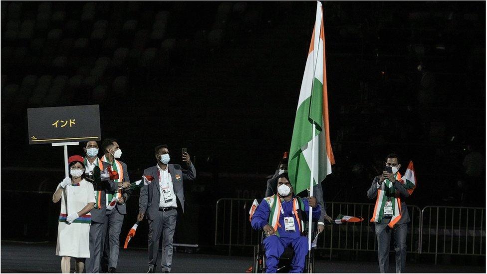 Paralimpik Oyunları'nın açılış töreninde Hindistan takımı