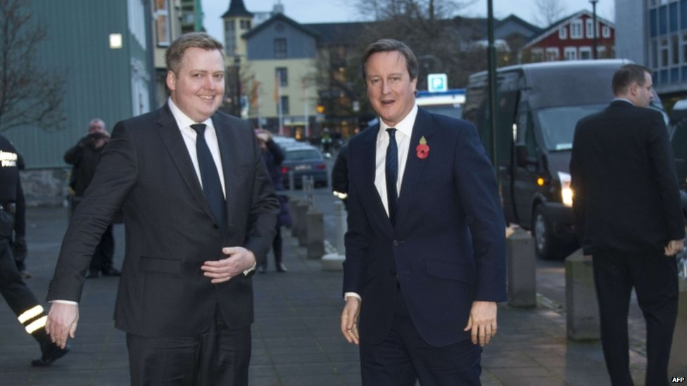 David Cameron (right) and his Icelandic counterpart Sigmundur Gunnlaugsson
