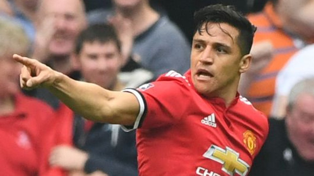 Alexis Sanchez: Forward given 'green light' to join Man Utd team-mates in USA