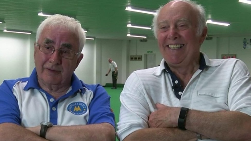 Bowls match reunites groom and best man after 60 years