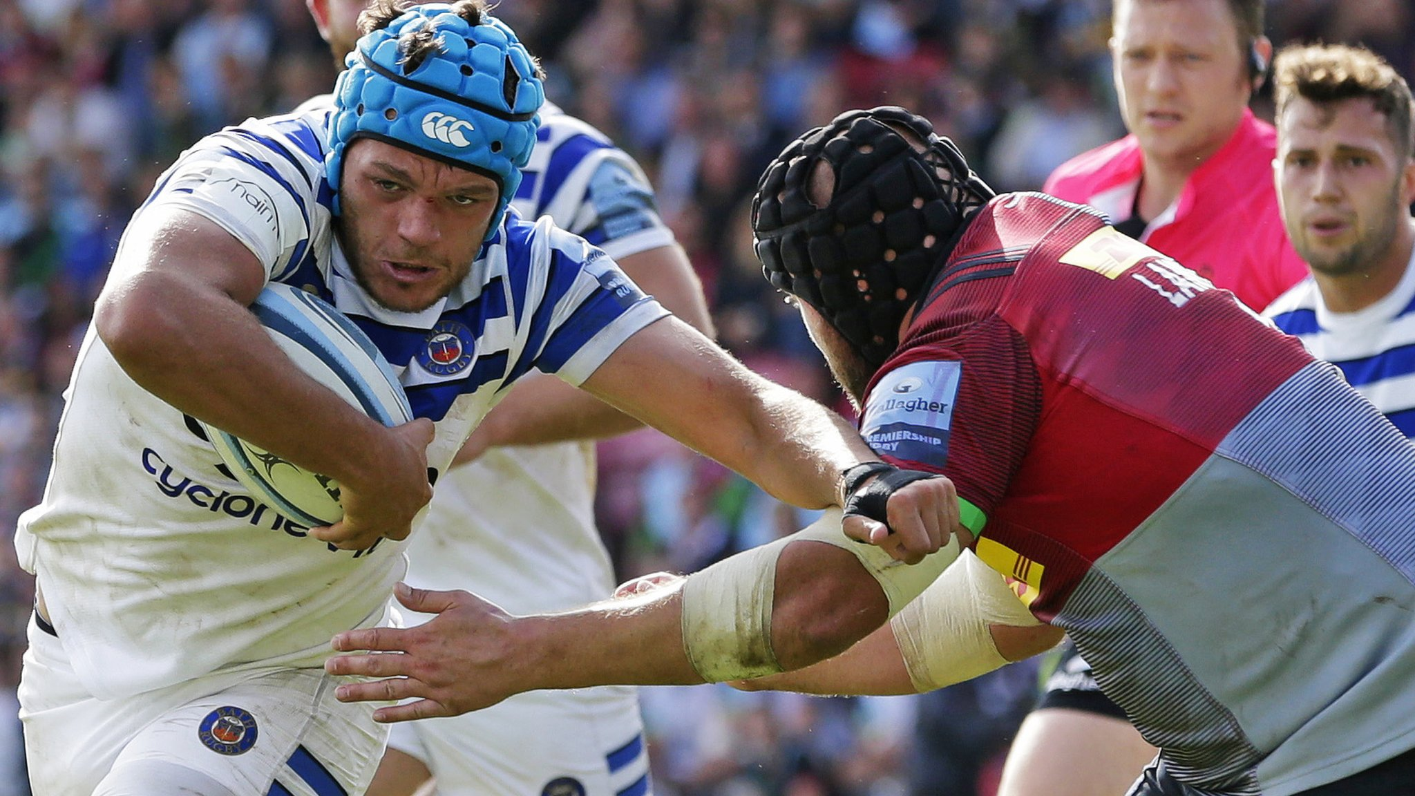 Bath hang on to beat Quins for first win of season