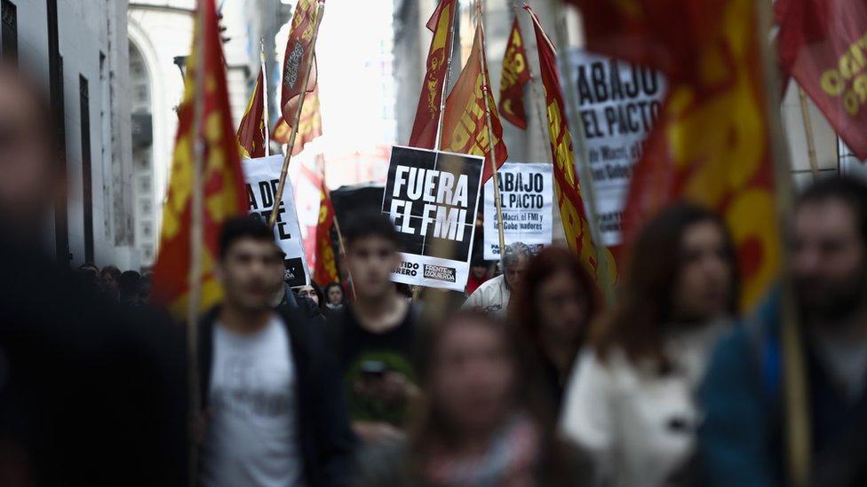 Argentina ha debido acudir nuevamente al FMI para apuntalar su moneda.