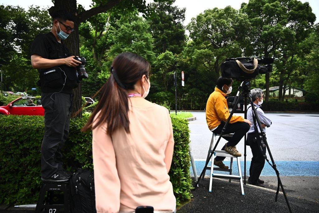 الصحافيون أمام المحكمة في طوكيو الاثنين