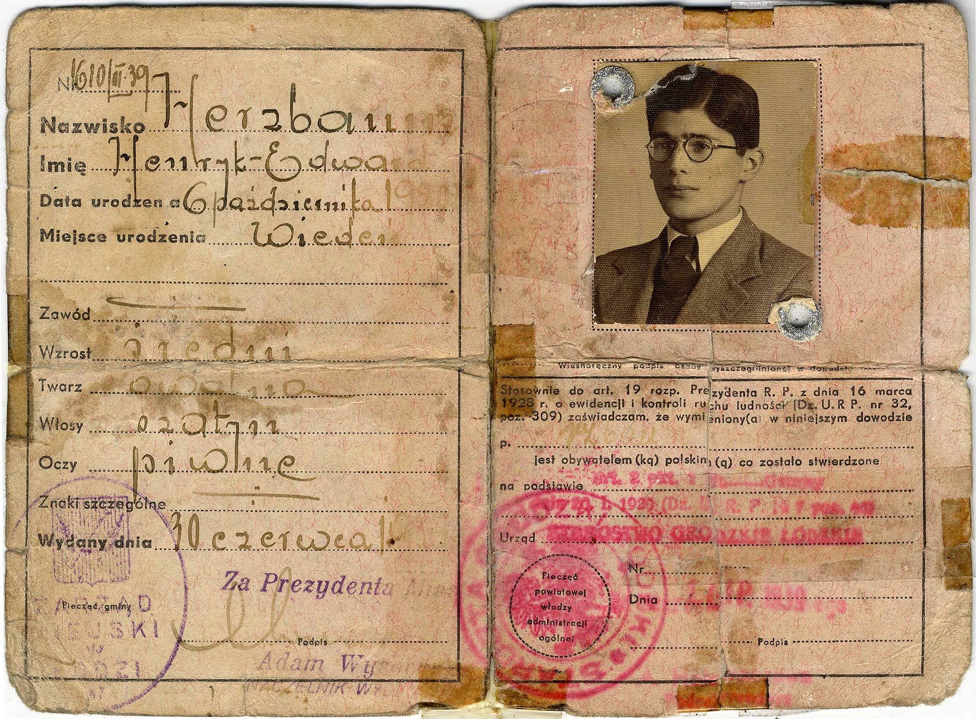Edward Herzbaum/Hartry's wartime identity documents