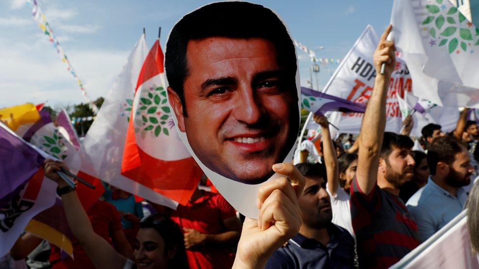 Erdogan attacks Europe court's order for Demirtas's release thumbnail