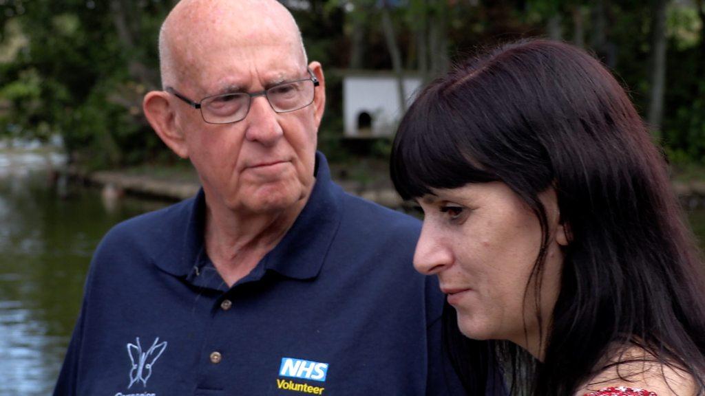 Hospital volunteers help patients find peace before they die