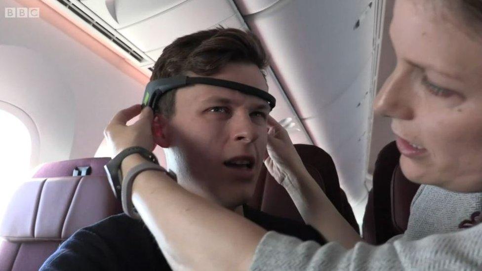 Luke Jones en el vuelo.